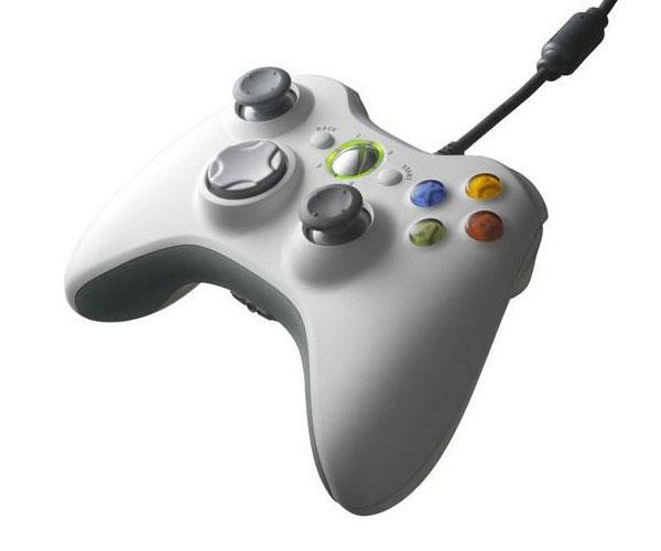 Mando Xbox 360 con cable blanco