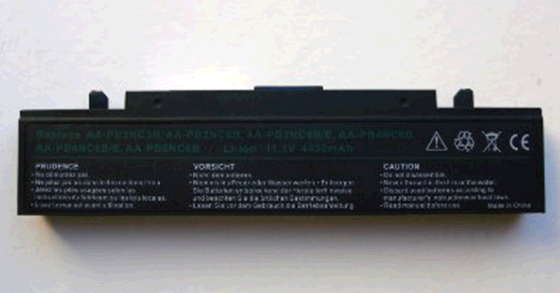 BATERIA PORT. SAMSUNG R60- R70- R40- R460 CONECTOR 12CM