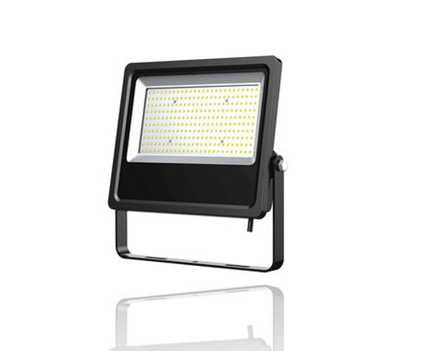 Proyector LED F Smd Roblan negro - 50w - 6500k - luz dia - 6000lm - 200-240v - ip65